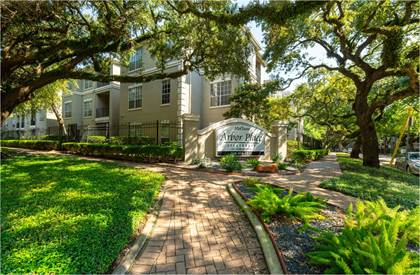 Apartment for rent in 10 Oak Court, Houston, TX, 77006