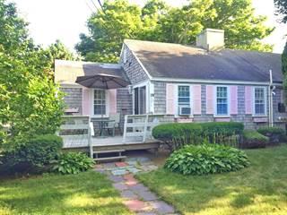 Condo for sale in 230 Gosnold Street 1B BLDG 1, Hyannis, MA, 02601