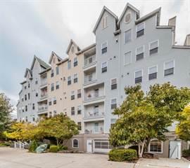 Condo for sale in 2522 Rucker Ave 408, Everett, WA, 98201