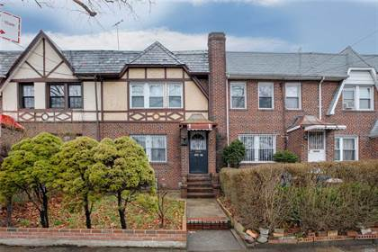 Residential Property for sale in 160-17 84th Avenue, Queens, NY, 11432
