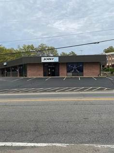 Commercial for sale in 1150 Oaklawn Avenue, Cranston, RI, 02920
