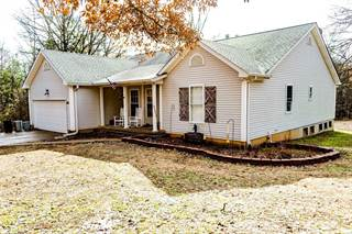 Single Family for sale in 8633 Chapel Hill Farms Road, Dittmer, MO, 63023