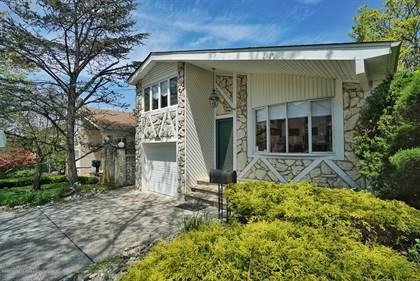 Residential Property for sale in 69 W Cedarview Avenue, Staten Island, NY, 10306