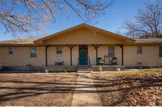 Single Family for sale in 715 N Ave P, Clifton, TX, 76634
