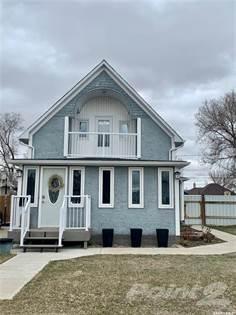 Residential Property for sale in 813 2nd STREET, Estevan, Saskatchewan, S4A 0L1