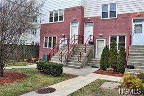Townhouse for sale in 214 Fleet Court 16214, Bronx, NY, 10473