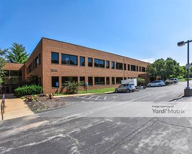 Office Space for rent in 13515 Barrett Pkwy Dr., Ballwin, MO, 63021