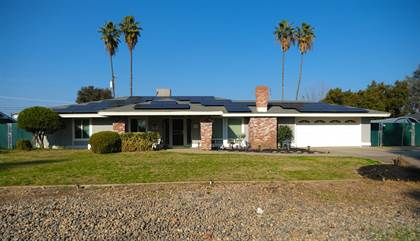 Residential Property for sale in 36063 Orange Grove Avenue, Madera, CA, 93636