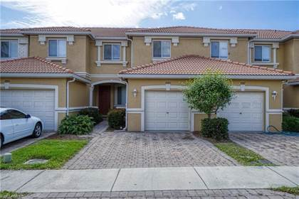 Residential Property for sale in 9985 Chiana CIR, Fort Myers, FL, 33905