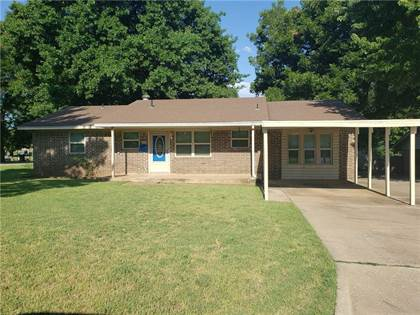 Residential Property for sale in 1628 S 9th Street, Chickasha, OK, 73018