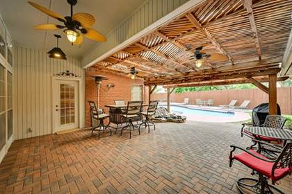 Residential for sale in 10 Grant Place, Arlington, TX, 76013