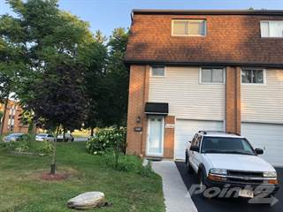 Townhouse for sale in 6200 THORNBERRY, Windsor, Ontario, N8T3A3