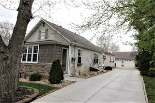Single Family for sale in 1511 Forrest Street, Bloomington, IL, 61701