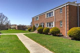 Condo for sale in 6 Stanford Dr 3B, Finderne, NJ, 08807