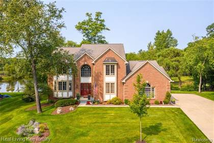 Residential for sale in 1830 DEER PATH Trail, Oxford, MI, 48371