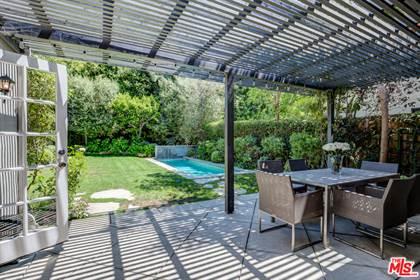 Residential Property for sale in 626 N Las Palmas Ave, Los Angeles, CA, 90004