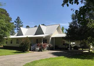 Single Family for sale in 2588 HEAVENLY Drive, Marianna, FL, 32448