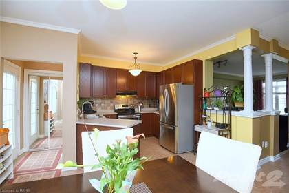 Residential Property for sale in 74 EASTHAMPTON Road, Hamilton, Ontario, L8E 6C4