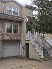Townhouse for rent in 48 Dartmouth Loop, Staten Island, NY, 10306