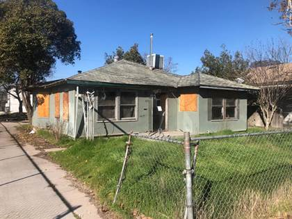 Residential for sale in 1630 S 3rd Street, Fresno, CA, 93702