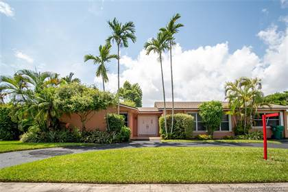 Residential for sale in 8034 SW 91st Ave, Miami, FL, 33173