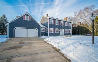 Single Family for sale in 5641 Grove Ter, Greendale, WI, 53129