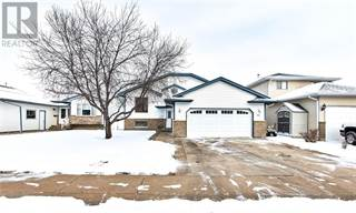 Single Family for sale in 26 Stafford Street SE, Medicine Hat, Alberta