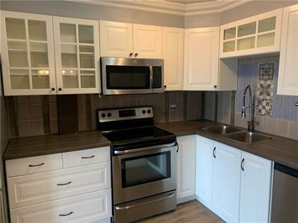 Single Family for sale in 504 CEDAR CR SW 202, Calgary, Alberta