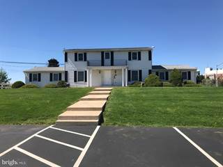 Comm/Ind for rent in 4400 S CEDARBROOK ROAD, Lower Macungie Township, PA, 18103