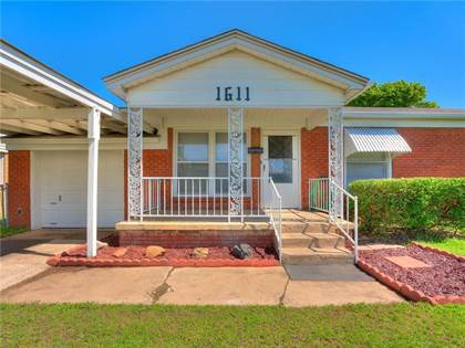 Residential for sale in 1611 SW 58th Street, Oklahoma City, OK, 73119