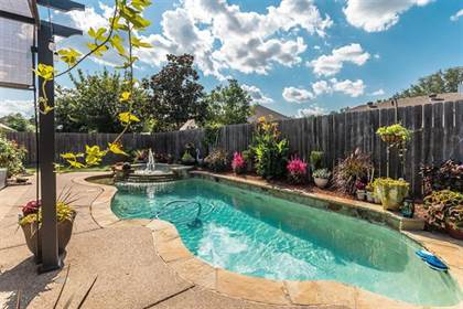 Residential Property for sale in 3157 Waterside Drive, Arlington, TX, 76012