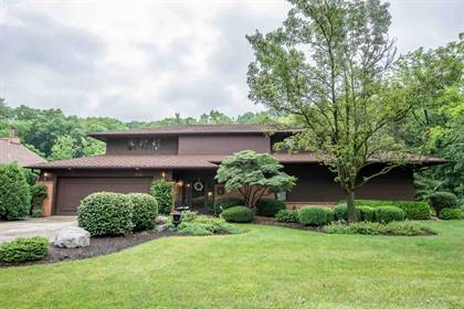 Residential for sale in 7110 Blue Creek Drive, Fort Wayne, IN, 46804