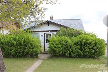 Residential Property for sale in 206 3rd AVENUE E, Shaunavon, Saskatchewan, S0N 2M0