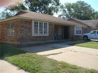 Multi-family Home for sale in 433 Matt Lane, Arlington, TX, 76012