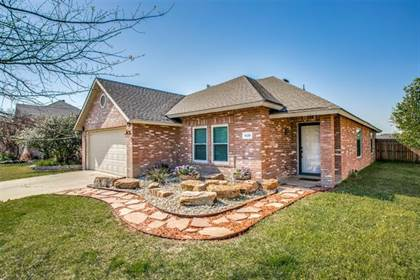 Residential for sale in 5120 Chessie Circle, Fort Worth, TX, 76137