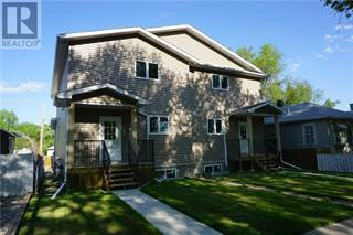 Single Family for sale in 714 12B Street N, Lethbridge, Alberta
