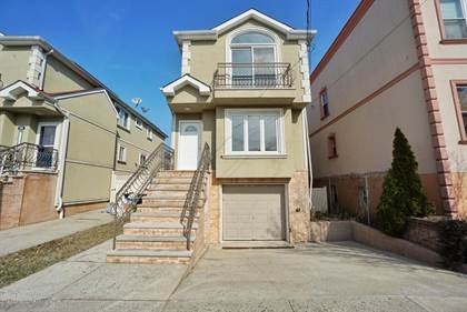 Residential for sale in 255 Kensington Avenue, Staten Island, NY, 10305
