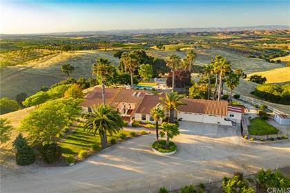 Residential Property for sale in 5330 Dana Lane, Templeton, CA, 93465