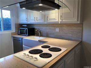 Townhouse for sale in 2628 Kansas Avenue 4, South Gate, CA, 90280