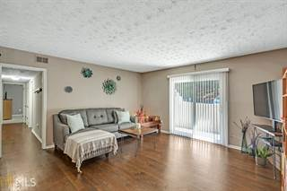 Condo for sale in 725 Dalrymple Rd 8B, Sandy Springs, GA, 30328