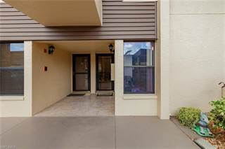 Condo for sale in 5830 Trailwinds DR 814, Fort Myers, FL, 33907