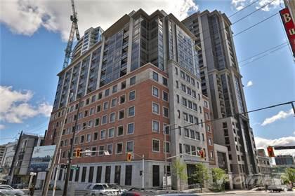 Condominium for sale in 150 Main Street W 808, Hamilton, Ontario, L8P 1H8