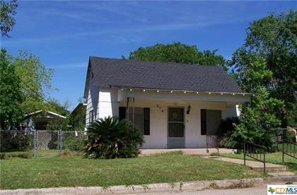 Residential Property for sale in 214 McCullough, Cuero, TX, 77954