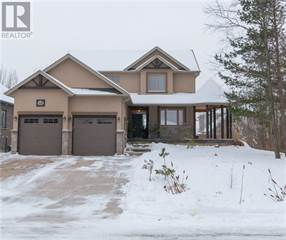 Single Family for sale in 114 MARY STREET, Collingwood, Ontario