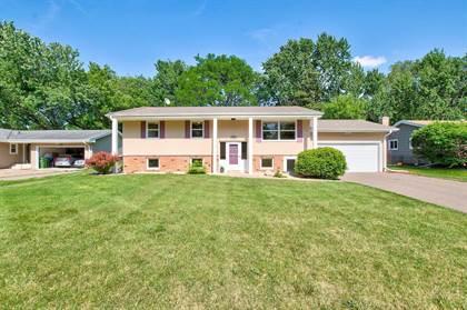 Residential Property for sale in 2844 Fernwood Street, Roseville, MN, 55113