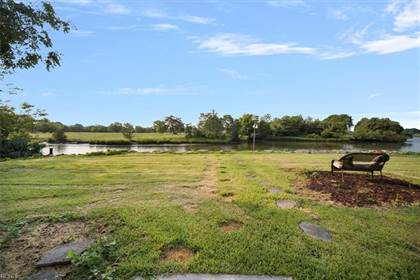 Residential Property for sale in 19 Eagle Point Road, Hampton, VA, 23669