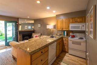 Condo for sale in 3940 S LAKE CREEK DR. 4, Wilson, WY, 83014