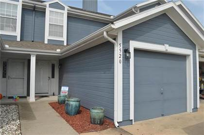 Residential for sale in 5520 NW Moonlight Meadow Drive, Lee's Summit, MO, 64064