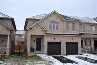Townhouse for sale in 32 Kingsborough Drive, Hamilton, Ontario