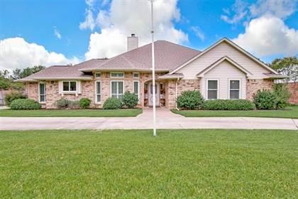 Residential for sale in 5900 Gary Lane, Arlington, TX, 76016